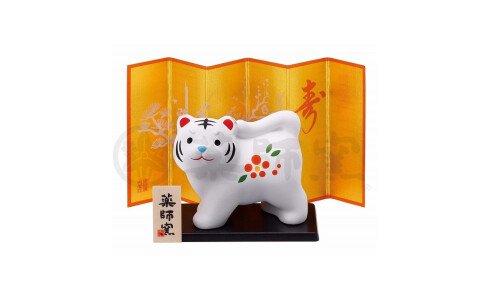 YAKUSHIGAMA Символ года 2022 — белый тигр на подставке