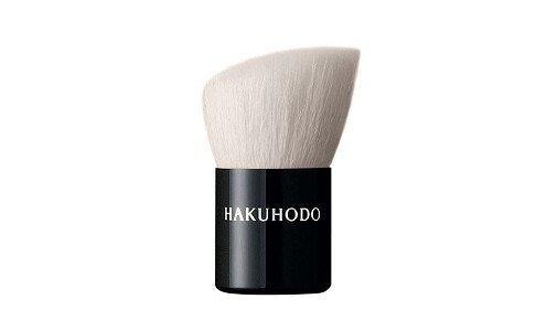 HAKUHODO H3802 — кисть для тональных средств